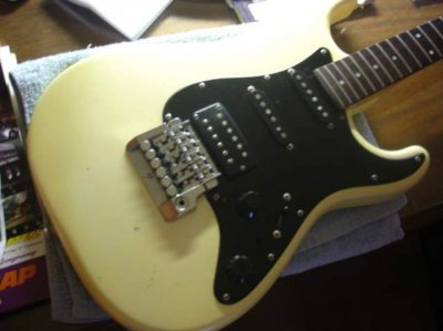 85 mij strat fender stratocaster guitar forum here are some pictures of the guitar the color was originally a pearl white but time has changed it to a very cool looking yellow