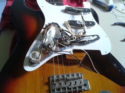 running a ground wire to each pot fender stratocaster guitar forum rh strat talk com