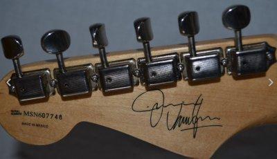 dating MIM Stratocaster