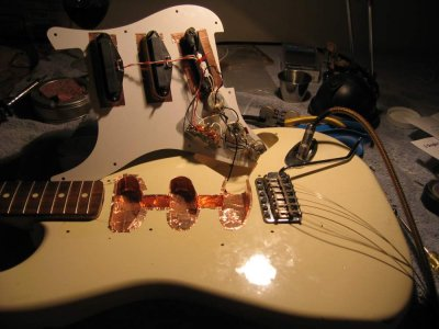 3020 aacc47c14786879c169ea095fc5428dc no tone control for bridge pup?!? fender stratocaster guitar forum Strat Guitar Wiring Diagram at panicattacktreatment.co
