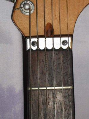 wilkinson roller nut buzz fender stratocaster guitar forum. Black Bedroom Furniture Sets. Home Design Ideas