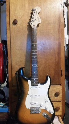 Why Does The 2001 Squier Affinity Stratocaster Sound So